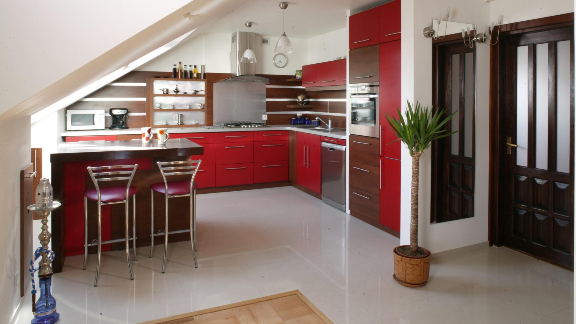 Elementem, który w Kuchnia na poddaszu czerwony   -> Kuchnia Kolor Sufitu