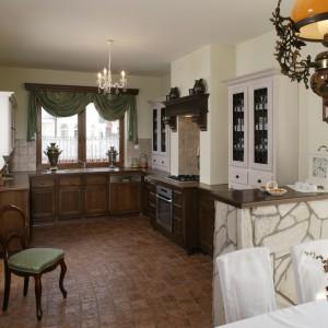 Rustykalna kuchnia: dom w stylu retro