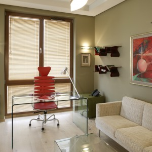 Naturalne kolory stworzyły tło dla pobudzającej, organicznej czerwieni. Fot. Monika Filipiuk.