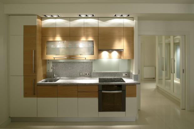 Meble kuchenne zostały Masz małe mieszkanie? Stosuj jasne kolory! -> Kuchnie Nowoczesne Jasne Kolory