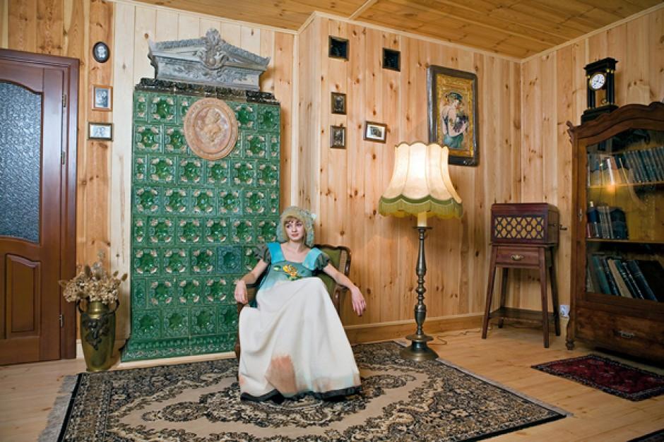 Każdy z pieców ma swój rodowód. Korzenie każdego z nich prowadzą do starych, przeznaczonych do rozbiórki, domów na Śląsku. Fot. Bartosz Jarosz.