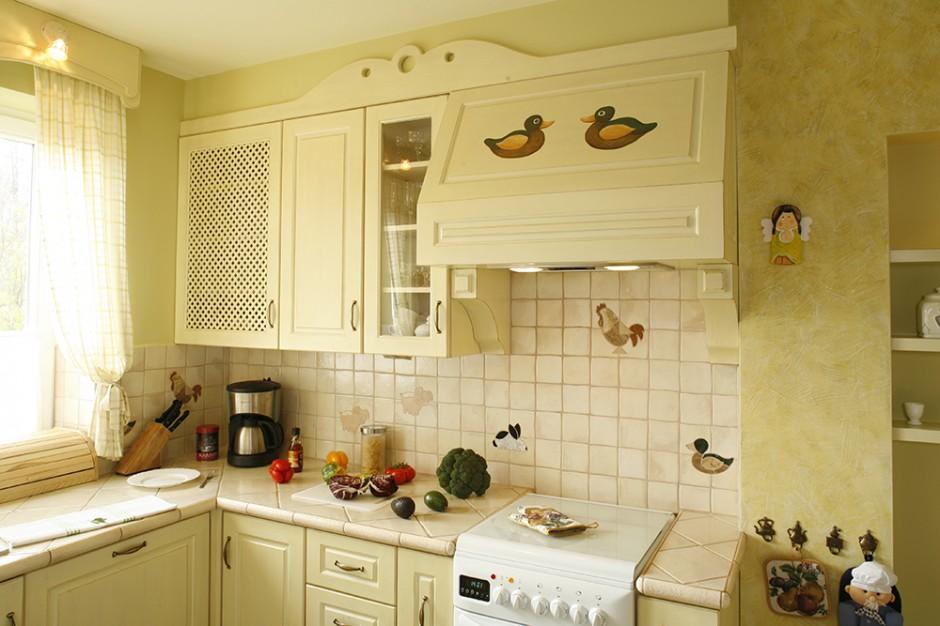 Płytki oraz dekory ze Sielska kuchnia malowane   -> Kuchnia Bez Kafelek