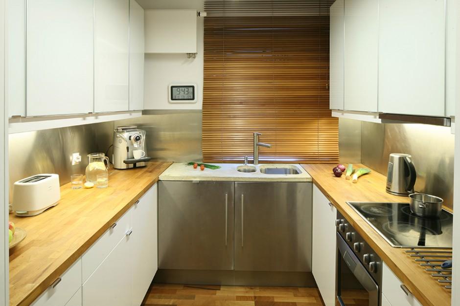 Podwieszane, stalowe komory Kuchnia z tradycją tu   -> Kuchnia Ikea Blaty