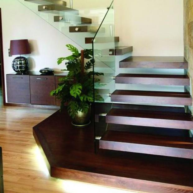 Schodami w górę, schodami w dół