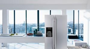 Obecnie lodówka to coś więcej niż tylko miejsce do przechowywania żywności. Stanowi ważny element wystroju kuchni.