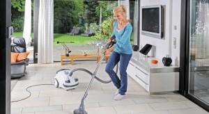 Chociaż sprzątanie rzadko kojarzy nam się z przyjemnością, dzięki nowoczesnym odkurzaczom i robotom sprzątającym może przemienić się w naprawdę wciągające zajęcie.