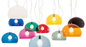 Kolorowe lampy na pewno zwrócą na siebie uwagę. Stworzą idealny duet z równie ciekawym, dekoracyjnym osprzętem.