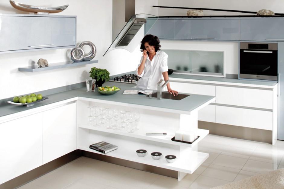 Umowna granica -> Salon Kuchnie Rust