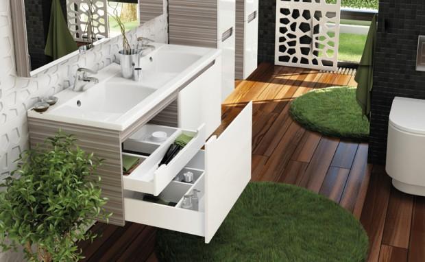 Łazienki z szafką, umywalką, dywanikiem