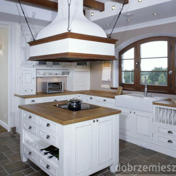 10 kuchni w klasycznym stylu