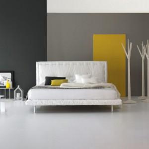 Tapicerowane łóżko Eureka. Fot. Bonaldo, www.bonaldo.it