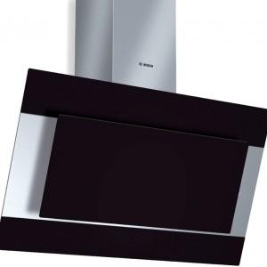 DWK09M760 - kominowy 90 cm, skośny, stal   czarne szkło, filtr metalowy. Cena: ok. 4.919 zł, Bosch.