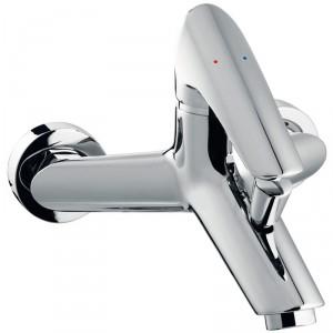Cassino VerdeLine – nowoczesne, odważne wzornictwo, charakterystycznie pochylona dźwignia oraz wylewka; wyposażona w regulator ceramiczny FerroClick z systemem kontroli ciepłej wody, regulator strumienia; automatyczny przełącznik wanna/prysznic. Cena: ok. 404,67 zł, Ferro.