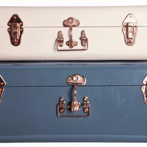 Zestaw dwóch stylowych kuferków-walizek do przechowywania drobiazgów. Na zamówienie, House Doctor/Scandi Living.