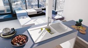 Można na nim położyć umyte jabłko lub paprykę, postawić jeszcze mokry kubek lub szklankę. Zlewozmywak z ociekaczem jest wygodnym i praktycznym rozwiązaniem.