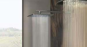 Polecamy najnowsze głowice prysznicowe. Kształtem upodobniają się do lamp, migoczą światłem białych lub kolorowych diod, imponują rozmiarem.