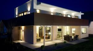 Ekspert opowiada o rozwiązaniach energooszczędnych - domach pasywnych.