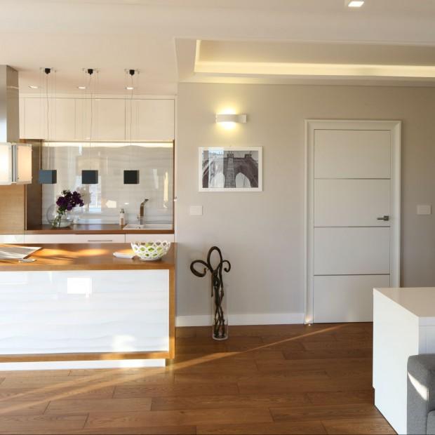 Podłogi i ściany w kuchni – glazura, terakota