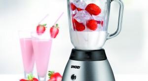 Blender to praktyczne urządzenie, które na pewno przyda się w kuchni. Bo dzięki niemu szybciej, łatwiej i przyjemniej przygotujemy praktycznie każdy posiłek.