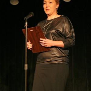 Przestrzeń Salonu. Nagroda w podkategorii Kolekcje Mebli przypadła kolekcji mebli wypoczynkowych Flaxo Meble Wajnert. Nagrodę odebrała Agnieszka Piśmiok, przedstawicielka firmy Wajnert Meble.