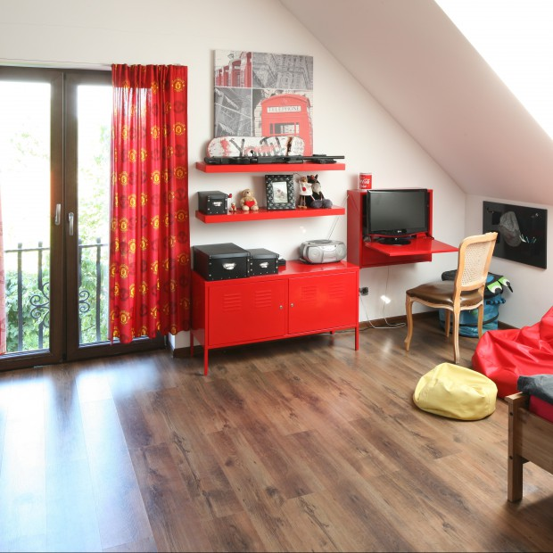 Oryginalny kolor w pokoju nastolatka