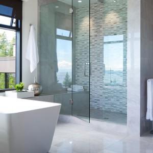 Część kąpielowa jednej z kilku znajdujących się w rezydencji łazienek. Fot. Brandon Barre.