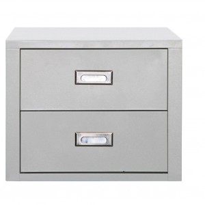 Minimalistyczna bryła wykonana z metalu, dwie pojemne szuflady idealnie sprawdzi się w nowoczesnych wnętrzach. Fot. Seletti/ Czerwona maszyna.