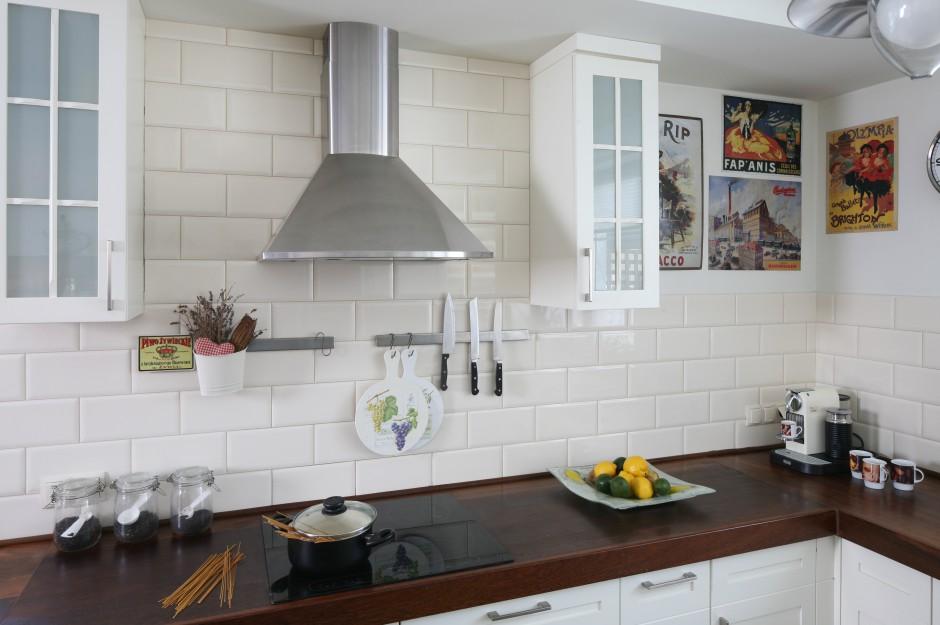 Stalowy okap (Amica) w Kuchnia dla rodziny urządzona ze smakiem  Strona 4 -> Kuchnia Amica Nie Dziala Wyswietlacz