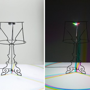 Lampa przypominająca początkowy szkic projektowy. Proj, Ludovica+Roberto Palomba. Fot. Kartell.