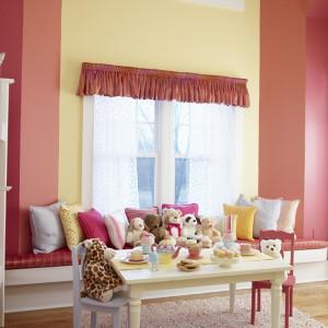 Farby, którymi wykańczamy ściany w pokoju dziecka nie zawsze mogą być takie same, jak w innych  pomieszczeniach. Fot. Benjamin Moore.