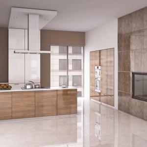 Gres szkliwiony Calina w ciepłych odcieniach szarości i brązu o ponadczasowym wzorze imitującym marmur. Płytki występują w formacie 60x60 cm i mają rektyfikowane krawędzie, co pozwala na użycie fugi o minimalnej szerokości – w ten sposób uzyskamy gładką taflę powiększającą przestrzeń. 105 zł/m² (Brown GRS-127), 98,50 zł/m² (Grys GRS-126), Ceramstic.