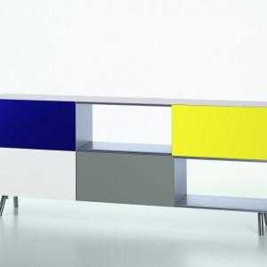 Kolorowa komoda Kast to doskonały pomysł na ożywienie nowoczesnego biura. Fot. Vitra.