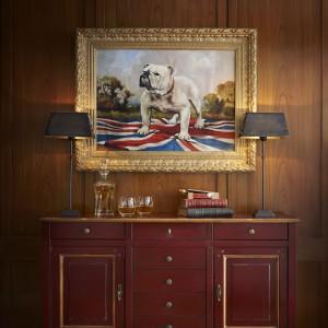Komoda London marki Grange, idealna do biura prawdziwego mężczyzny. Fot. Grange.