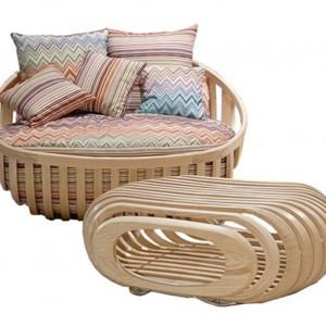 Drewniany fotel z podnóżkiem, Schoenhuber