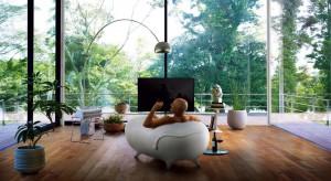 Relaksująca kąpiel w otoczeniu przyrody to dobry pomysł na zjednoczenie człowieka z naturą isposób na popołudniowy odpoczynek.