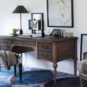 Kawa w biurze – dodatki w brązowym kolorze