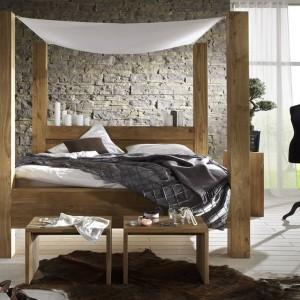 Łóżko z baldachimem: przepis na romantyczną sypialnię