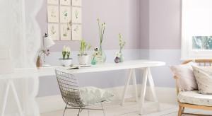 Pomaluj ściany na delikatny róż, subtelny fiolet, łagodny błękit. Pastele są piękne i zawsze modne. Wybierzcie z nami farbę, która odmieni kolor ścian w waszej jadalni.