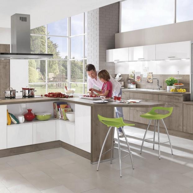 Kontrasty w kuchni. 10 pomysłów na modne meble