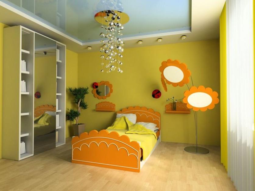 Aranżacja pokoju dziewczynki z wykorzystaniem żółtego koloru. Fot. Sigma.