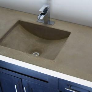 Blat scalony z umywalką z betonu architektonicznego. Fot. Seagullconcrete.