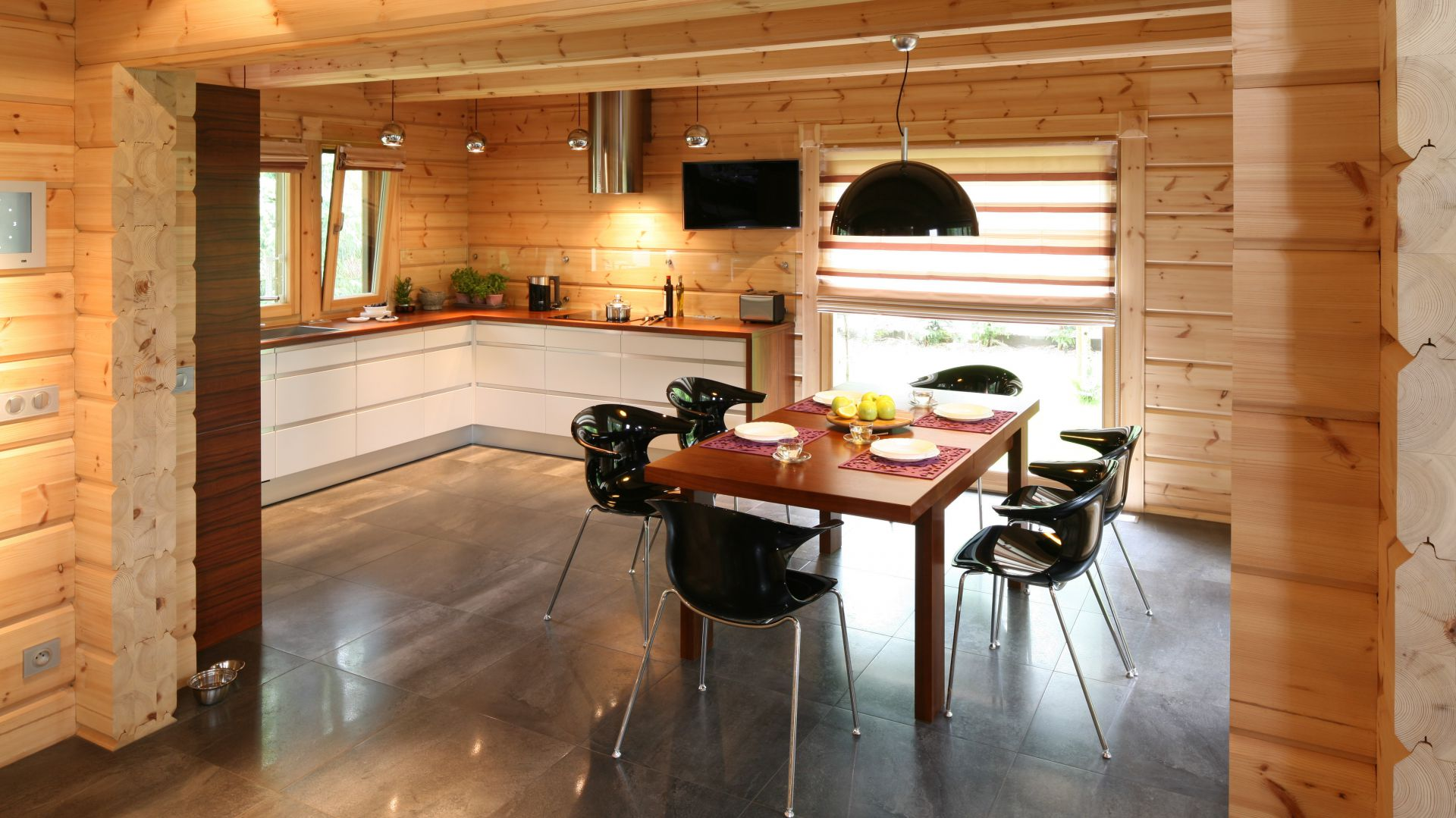 drewniane ciany doskonale kuchnia w domu z drewna nowoczesna i pi kna. Black Bedroom Furniture Sets. Home Design Ideas