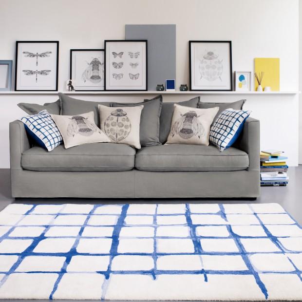 Kolorowe poduszki - sposób na metamorfozę salonu