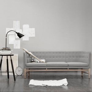 Sofa AJ5, projekt Arne Jacobsen i Flemming Lassen. Fot. &Tradition.