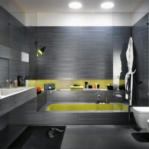 Płytki do łazienki. Modny styl loft
