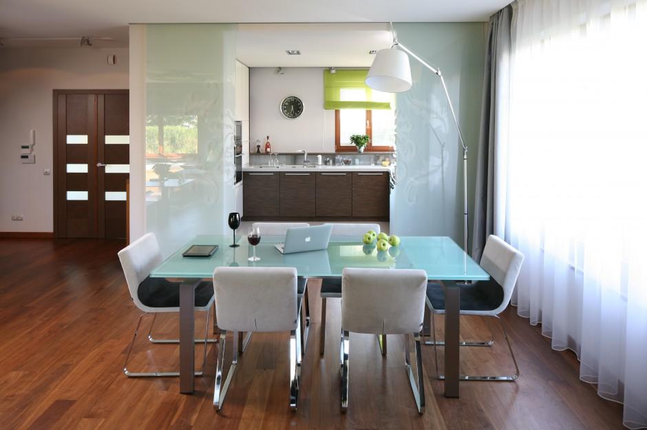 Na granicy kuchni i Kuchnia z jadalnią Ładna i wygodna -> Projekt Domu Kuchnia Z Jadalnia