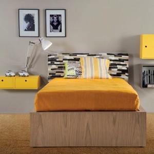 Żółty to kolor nie tylko dla dziewczynek. Równie dobrze prezentuje się w pokoju nastolatka. Fot. dearkids.it