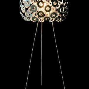 Lampa podłogowa Dandellion. Marka: Moooi. Sprzedaż: Dekodeco. Cena: ok. 8800 zł.