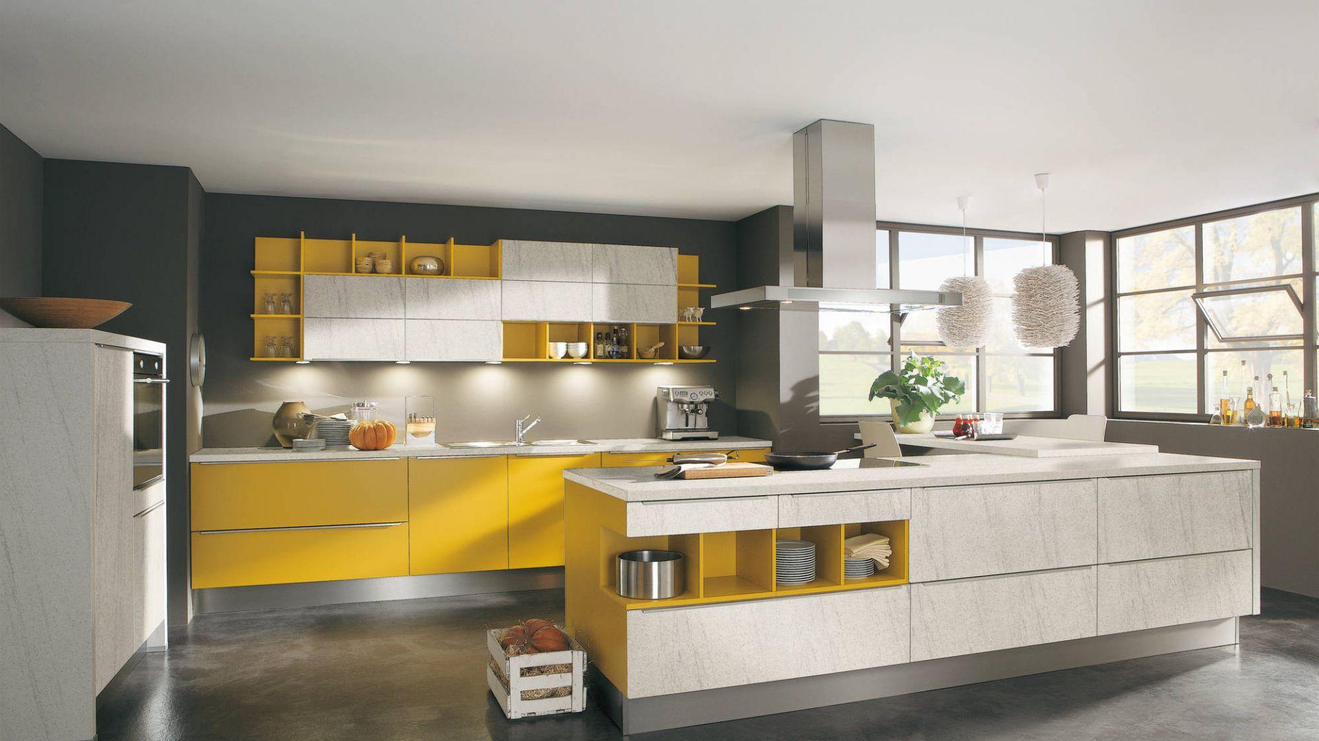 meble kuchenne z kolekcji piękne kuchnie w ż243�tym