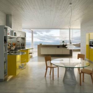 Meble kuchenne Skyline 2.0. Fronty wykończone są lakierem o wysokim połysku w żółtym kolorze, który doskonale łączy się z jasną paletą barw zastosowaną we wnętrzu. Wycena indywidualna, Snaidero.